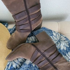 Sonoma Shoes - Sonoma Zora Boots, Suede Brown, Size 10